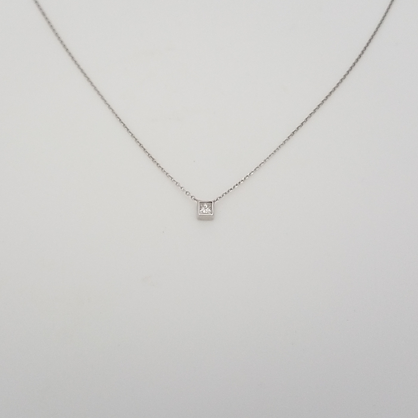 image white berrys necklace berry diamond s design offset princess gold square cut jewellery